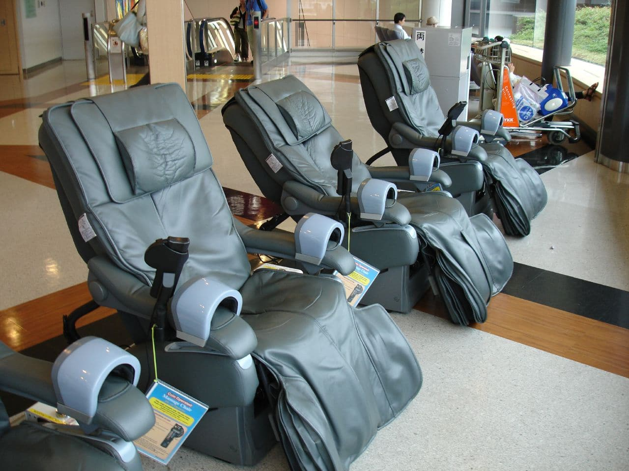 8 practical tips to take care of your massage chair